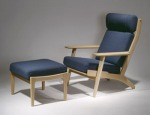 GE 460 Butterfly Easy Chair designed by Hans J. Wegner (1977)