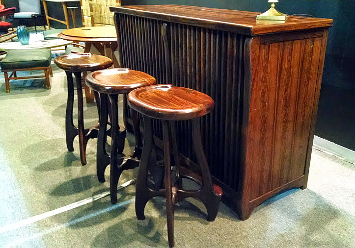 Modernist Don Shoemaker's stole the show in Zona MACO with this Bar Set