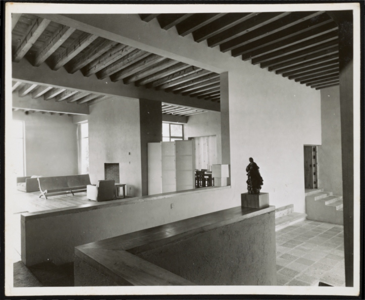 Living room Casa Prieto (1954)