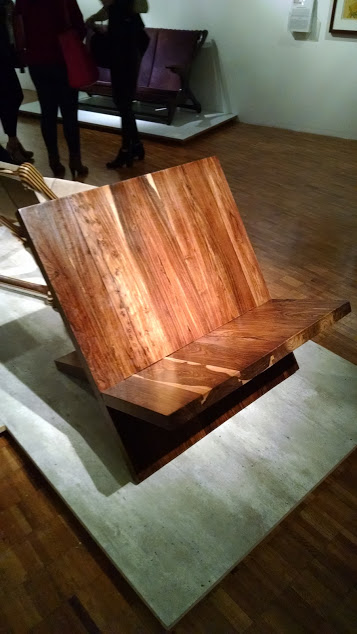 The new X-Chair presented at the Don S. Shoemaker exhibition at the Modern Art Museum, Mexico City (2016)